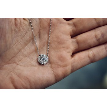 Diamond Cluster Necklace, 1.13 ct / white gold