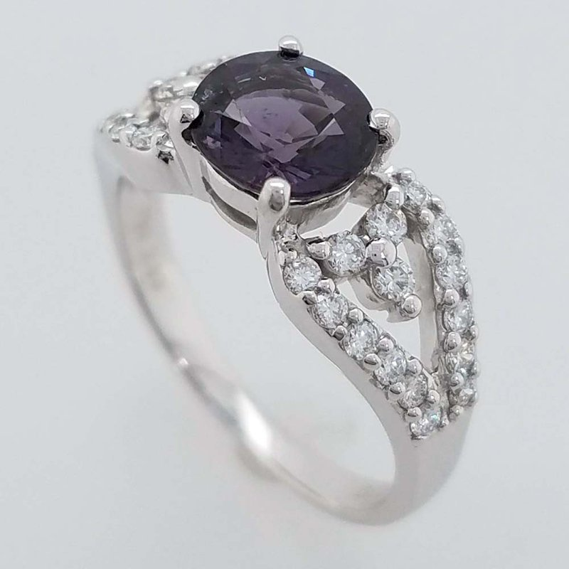 Holly McHone Jewelers 200-00631