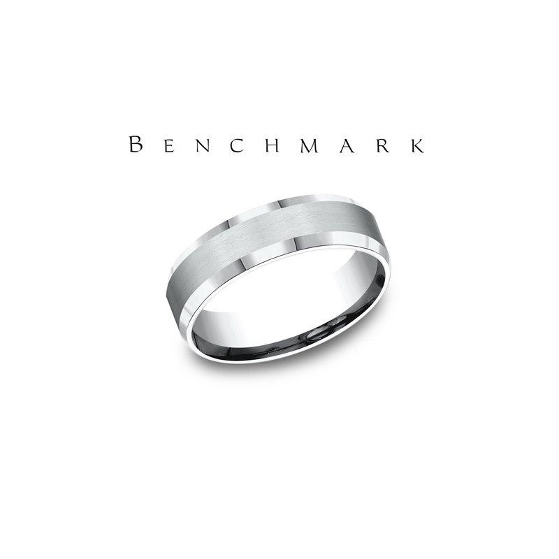 Benchmark 400-00773