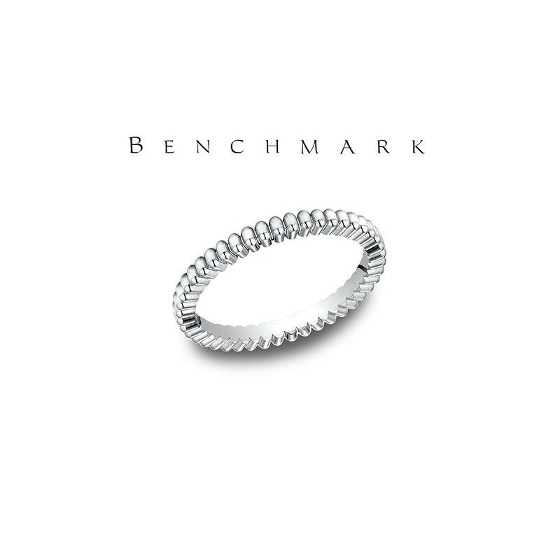 Benchmark 555-00711