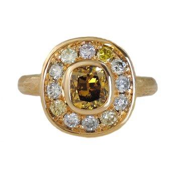 Warm Diamond Ring with Diamond Halo in 18K Gold