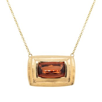 Sunstone (3.35ct) Pendant Necklace in 18K Gold