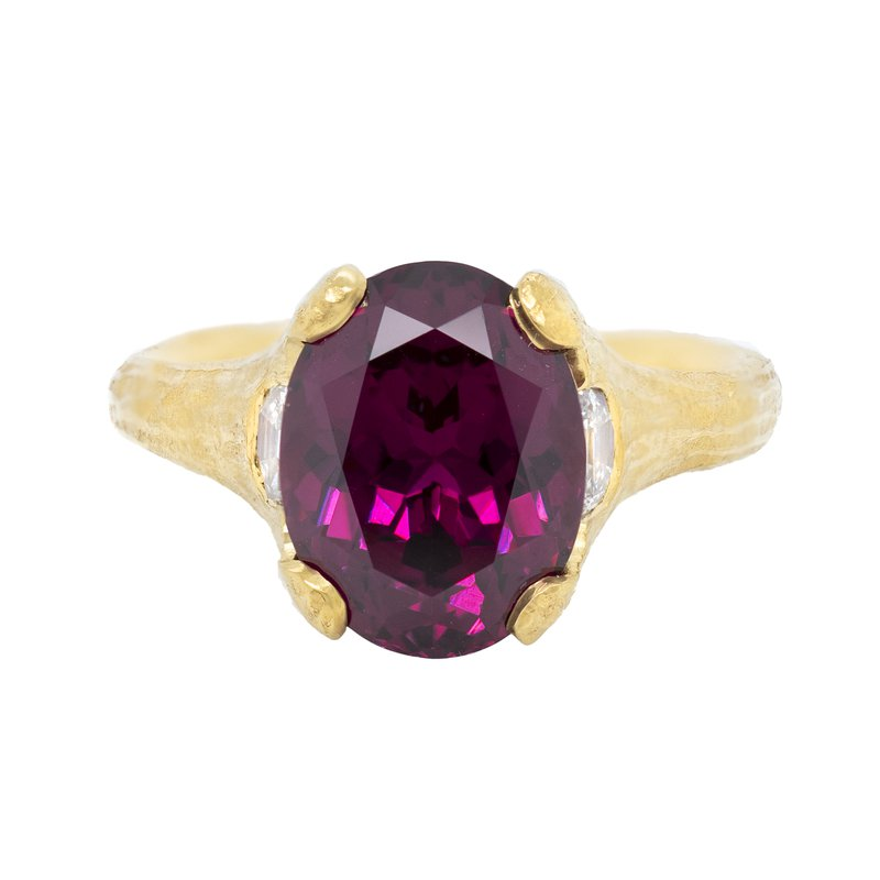 Michael Endlich Designs Garnet (6.58ct) Ring with Diamond Accents in 22K Gold
