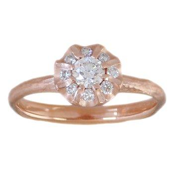 Diamond Ring in Flower Shape, Rose Gold
