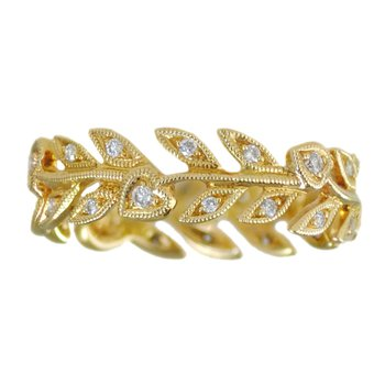 Leaves & Hearts Eternity Band in 18K Yellow Gold