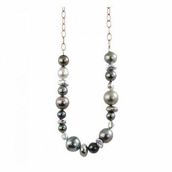 Various Pearls Necklace