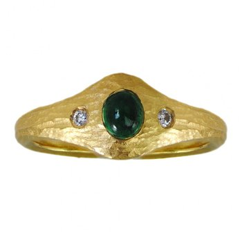 22K Yellow Gold and Flush-Set Emerald (0.39ct) Ring