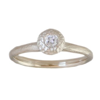 Bezel Set Round Diamond (.16ct) in Textured Platinum