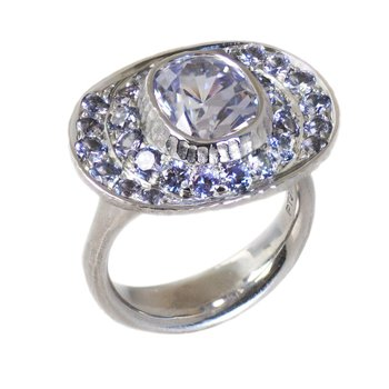 Lavender Sapphire (4.06ct) Ring with Lavender Spinel Halo in Platinum