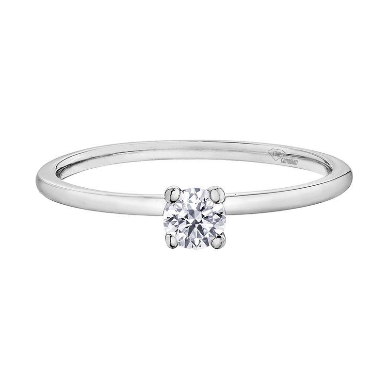 Corona I am Canadian™ Diamond Ladies Solitaire