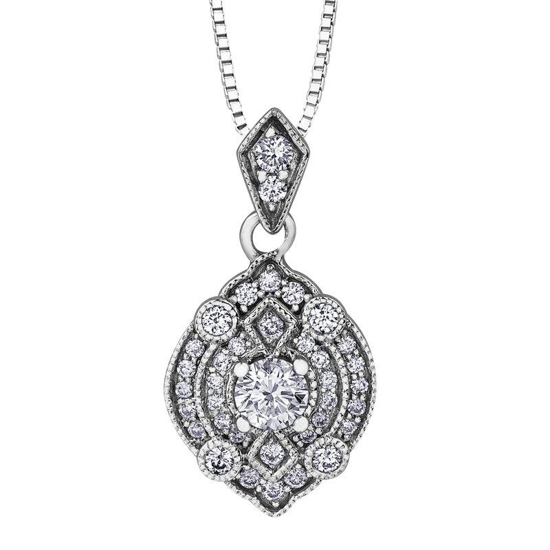 Corona I am Canadian™ Diamond Pendant