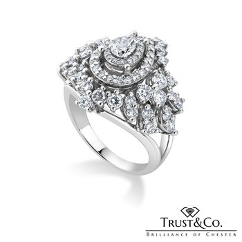 Multi Diamonds Cluster Ring