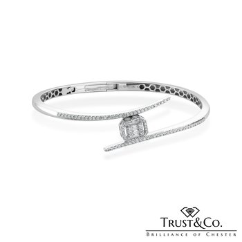 Diamond Bangle Twist
