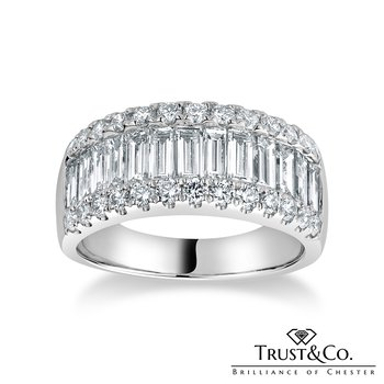 Baguette & Brilliant Diamond Ring