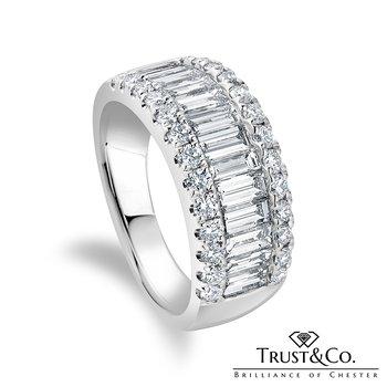 Baguette & Brilliant Diamond Ring