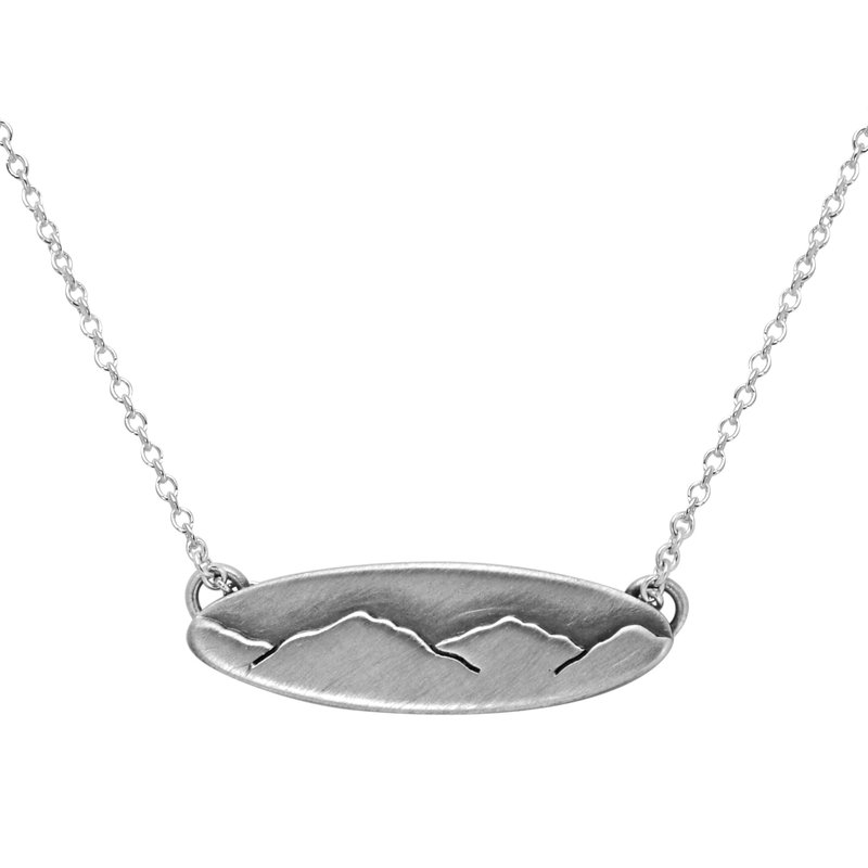 Saratoga Jewels Small Oval Mountain Necklace
