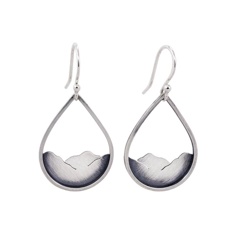 Saratoga Jewels Mountainscape Drop Earrings