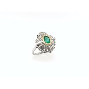 18k Vintage Emerald & Diamond Ring