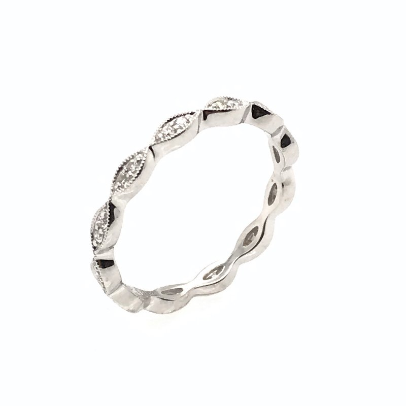 Asba 18k Curved Diamond Wedding Band