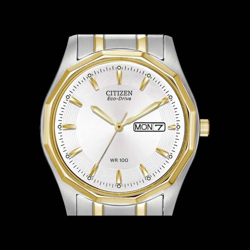 Corinth Collections  Citizen Gents Watch White Face with Two Tone Accents