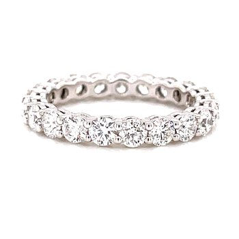 14 Karat White Gold Round Diamond Eternity Band
