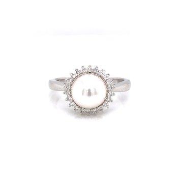 14K White Gold Pearl with Diamond Halo