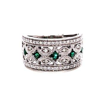 14 Karat White Gold Emerald and Diamond Vintage Fashion Band