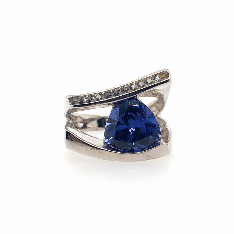 Frank Reubel Lavendar Topaz with White Sapphire Ring