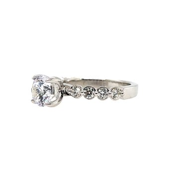 Romance Semi-Mount Center Ring