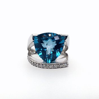 Pacific Topaz withDiamonds Ring