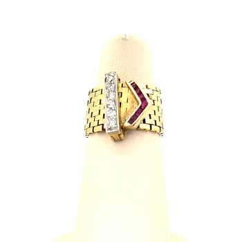 Lady's Diamond and Ruby Belt Ring