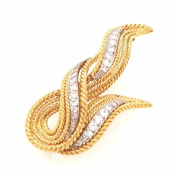 18K Yellow Gold and Diamond Twisted Rope Leaf Pin
