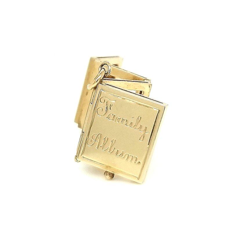 """Smithworks Estate Jewelry 14ky Estate Charm """"Family Album"""""""