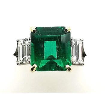 Ladies Platinum and 18ky Emerald and Diamond Ring
