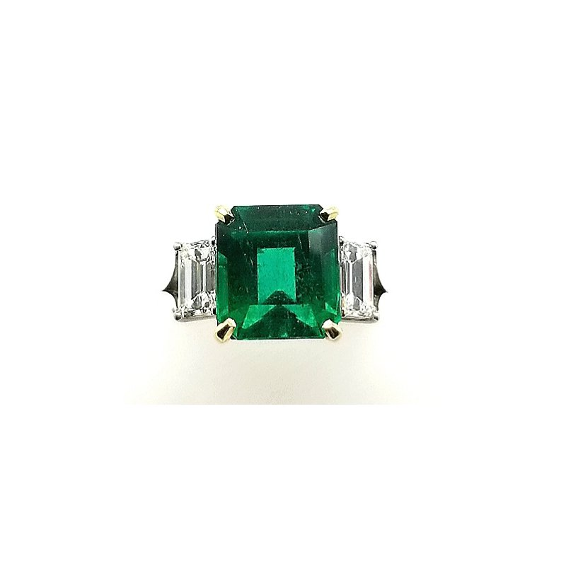 Smithworks Estate Jewelry Ladies Platinum and 18ky Emerald and Diamond Ring