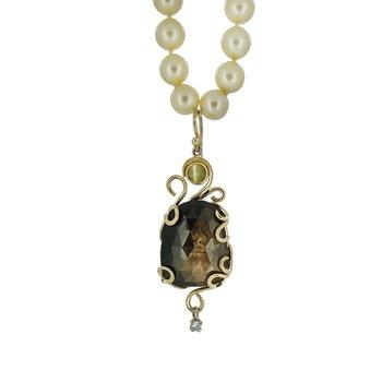 14KY Black Sun Sapphire and Cat's-Eye Chrysoberyl Pendant on Freshwater Pearls