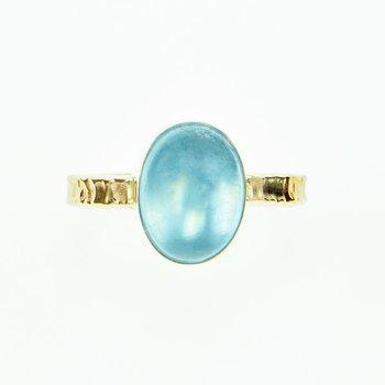 14KY Cabochon Aquamarine Ring