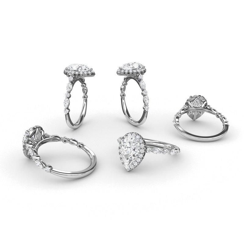 Pear Halo Engagment Ring