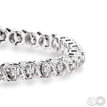 'X' & 'O' SHAPE DIAMOND BRACELET