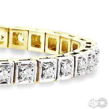 CLASSIC SQUARE DIAMOND BRACELET