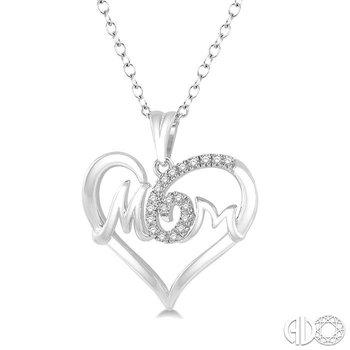 MOM HEART DIAMOND PENDANT