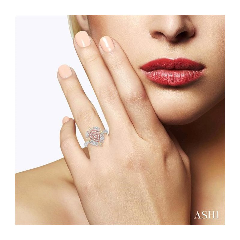 Lovebright Collection Jewelry PEAR SHAPE DIAMOND RING