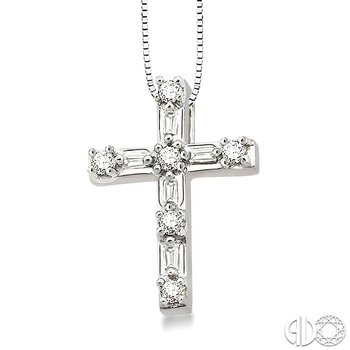 1/4 Ctw Diamond Cross Pendant in 14K White Gold with chain