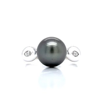 Black Pearl & Diamond Ring