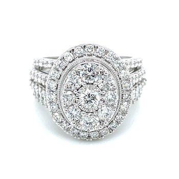 Stunning Oval Diamond Cluster