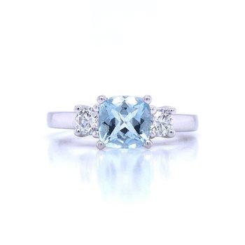 Aquamarine with Diamond Side Stones Ring