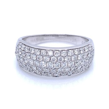 Pave' Diamond Band