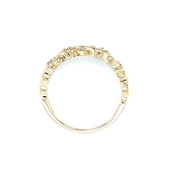 Floral Vines Diamond Band