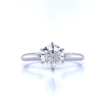 1 carat Round Solitaire Engagement Ring