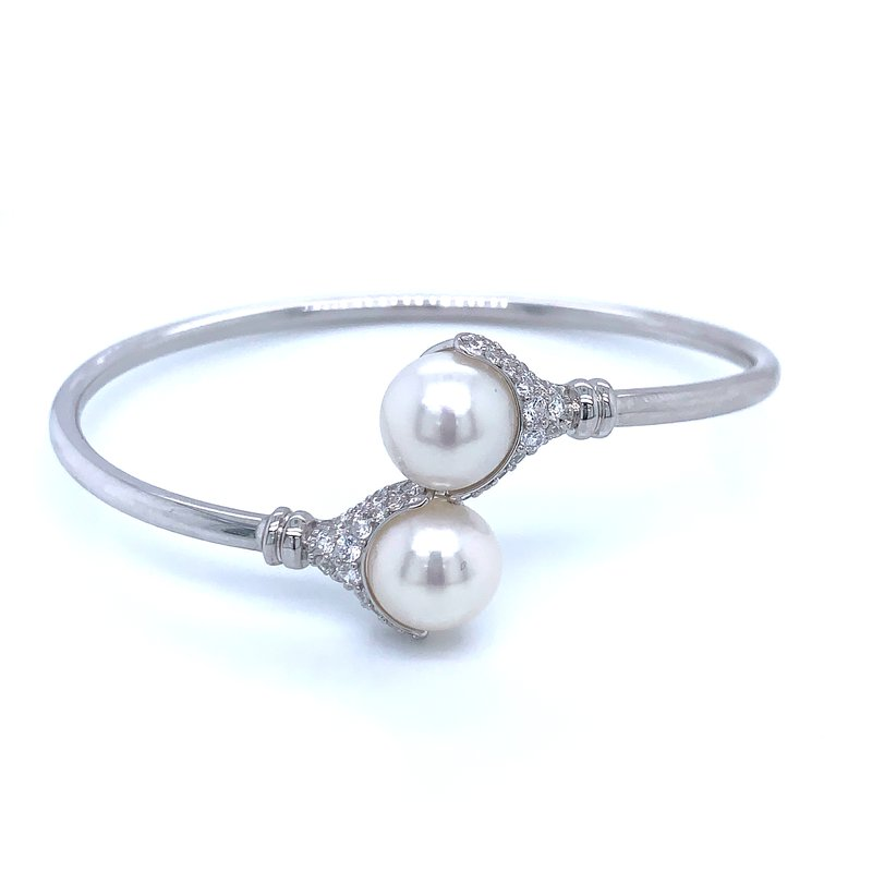 Bryan Beauties Bypass Pearl Bangle Bracelet